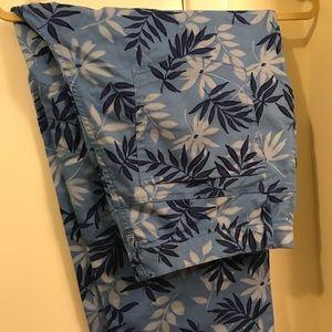 Covington Capri pants- Size 16
